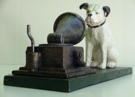 HMV dog & gramophone