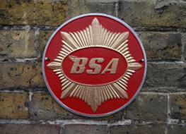 BSA Gold Star motorcycle wall plaque-red