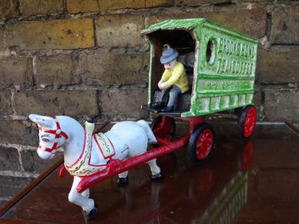 brooke bond wagon model