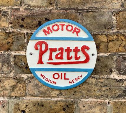 Pratts Motor oil plaque