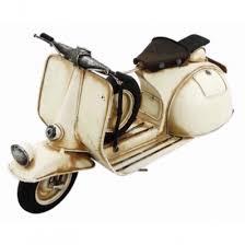 Tinplate model vintage scooter