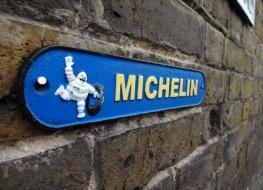 small Michelin sign