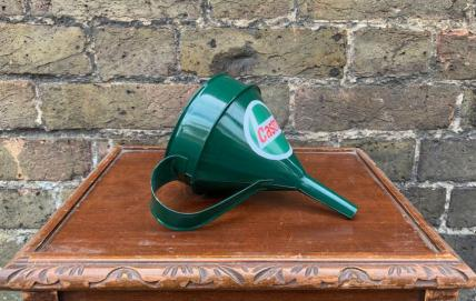 castrol funnel 18cms -decorative