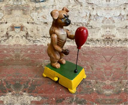 Boxing dog figure
