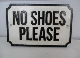 no shoes please sign