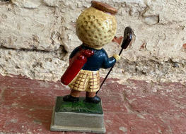 Silver King golf ball figure