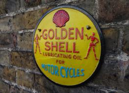 Shell Stickman sign