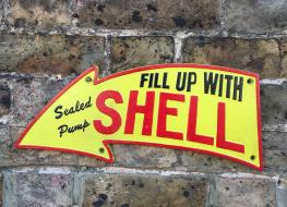 Large shell arrow plaque
