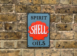 Shell spirit plaque