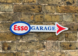 Esso garage arrow plaque type N